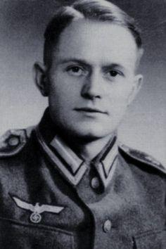 """Kapitänleutnant (MA) Friedrich-Wilhelm Maes (1913-1945), Chef der Batterie """"Völtzendorf"""" i.d. Marine-Flak Abteilung 219 (Marine-Flak Regiment 9), Ritterkreuz 25.03.1945"""