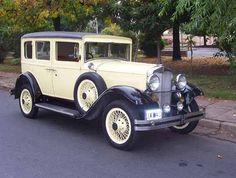 1930 - HUPMOBILE