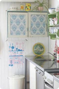 keittiö,retrotyyli,mummola,maalaisromanttinen sisustus