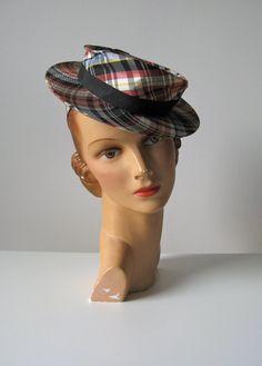 vintage 1940s tilt hat / 40s toy hat / Picnic Plaid by Dronning