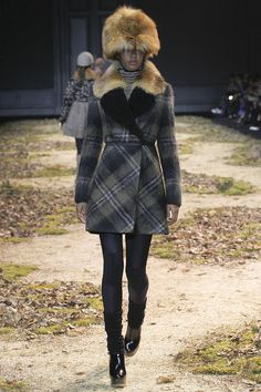 moncler-gamme-rouge-rtw-fw15-runway-43