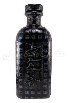 botella repujada en piel andalucia