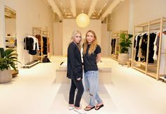 God Save the Queen and all: Mary-Kate y Ashley Olsen abren Elizabeth & James  ... #marykateolsen #ashleyolsen #elizabethandjames #flagshipstore #open #losangeles