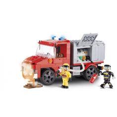 Cobi brandweerwagen bouwstenen set. Het is ontworpen met oog voor het kleinste detail en is uitgerust met beweegbare onderdelen zoals de kleppen. Deze set bestaat uit 200 stenen en 2 poppetjes. Cobi stenen passen goed op andere stenen. Materiaal: kunststof.