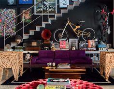 Ande de bicileta o dia inteiro e depois coloque na parede. Fica maneira na decoração