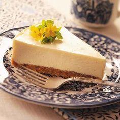 Eggnog Cheesecake - I make good use of extra eggnog bu creating this luscious cheesecake. A bit of rum extract adds a special taste. —Kristen Grula, Hazleton, Pennsylvania  Read more: http://www.tasteofhome.com/recipes/eggnog-cheesecake#ixzz3LpJ6Vflw