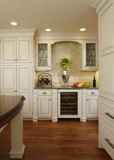 Love the exposed backsplash!