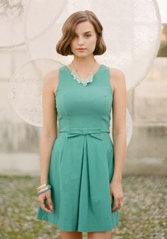 bon voyage bow dress in jade