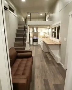 the pleasure is mine - wednesday - Tiny house tour ▶️ Would you like to live here? Tag two people who might like to live here. <All credit correspond to photographer/designer/owner/creator> Tiny House Loft, Best Tiny House, Modern Tiny House, Tiny House Living, Small House Plans, Tiny Home Floor Plans, Tiny Guest House, Tiny House Family, Tiny House Luxury