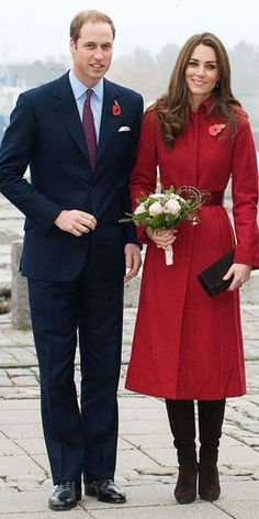 Kate's fashions remind me of Jackie Kennedy Onassis..such a classy and beautiful woman! Remembrance Day | Will and Kate