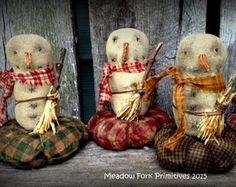 Primitive Folk Art Snowman by MeadowForkPrims on Etsy