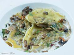Ravioles aux champignons | La Cuisine d'Adeline Pasta Maker, Snack Recipes, Snacks, Adeline, Extreme Diet, Vegetable Dishes, Healthy Fats, Food Inspiration, Entrees