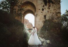 These artistic Spanish wedding portraits are incredibly dreamy  #Artistic #dreamy #incredibly #portraits #Spanish #these #wedding Lake Como Wedding, Elope Wedding, Wedding Blog, Andalucia Spain, Andalusia, Spanish Wedding, Destination Wedding Photographer, Wedding Portraits, Wedding Photography