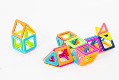 #NatPat #magneticbuildingblocks #toys #children #creative #building #magnetictoys #architecturaldesign #newtoys #birthdaygift #party #happykids #rainbowcolours Construction Toys For Boys, Magnetic Building Blocks, Magnetic Toys, Thing 1, Happy Kids, New Toys, Motor Skills, Rainbow Colors, Kids Toys