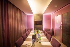 Salle de réception - Meeting room - Suite Passage Secret – Legend Hotel (Paris, France)  by Elegancia Hotels