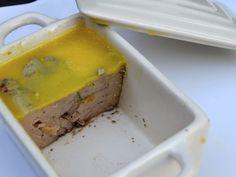 Découvrez cette recette de terrine de foie gras à l'armagnac, toute simple à…