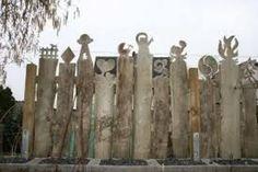 Love the alien abduction one! Pallet Shed, Pallet Fence, Garden Fencing, Garden Art, Backyard Gates, Fence Panels, Wooden Garden, Garden Structures, Land Art