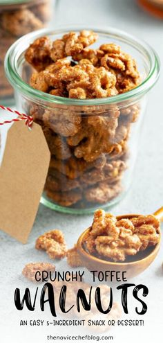 These sweet and crunchy Toffee Walnuts make a great party snack, light dessert or salad addition! Bonus: This recipe is super easy with just 5 ingredients! Candy Recipes, Sweet Recipes, Snack Recipes, Dessert Recipes, Cooking Recipes, Homemade Desserts, Recipes Dinner, Fudge, Caramel