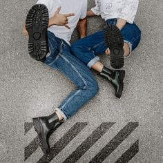 Double Trouble! 🤟 #wearechanging #rock #readytorock #doubletrouble #eurekashoes #madeinportugal #handmadeshoes #fashionisfun #stylegoals #localhandmade #boots #couple #black #jeans