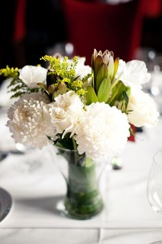Love the different textures! Floral Design by http://freshpetals.ca, Photography by jennstarkphotographers.com