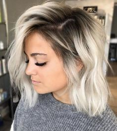 Dark Roots Blonde Hair Balayage, Blonde Ombre Bob, Blonde Hair With Roots, Ice Blonde Hair, Blonde Bob Wig, Blonde Lace Front Wigs, Brown Blonde Hair, Ombre Hair Color, Blonde Hair With Highlights