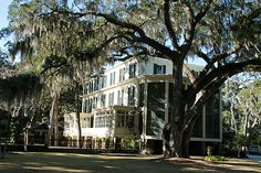 Wormsloe Plantation - Established in 1700's by Noble Jones, who came to Georgia with Oglethorpe and the original settlers