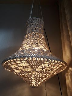 Crochet Lampshade, Crochet Curtains, Hanging Lamp Shade, Lamp Shades, Crochet Furniture, Cool Light Fixtures, Lampshade Chandelier, Creative Lamps, Home Bar Decor