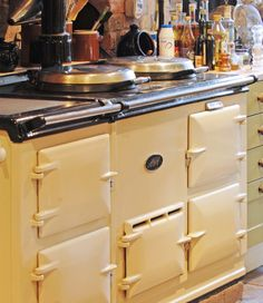 Boutique, Luxury B Frome, Merchant´s House Luxury B in Frome Aga Kitchen, Smart Kitchen, Kitchen Stuff, Country Kitchen, Country Living, Best Cooker, Aga Cooker, Kitchen Cooker, Cream Aga