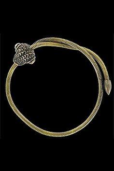 Bijou : à la fois bracelet et cockring en bronze avec tête de serpent