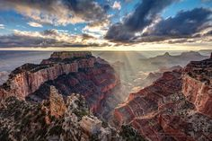 https://flic.kr/p/Qe7Nfs | Sun Rays At Cape Royal | Sun Rays At Cape Royal, North Rim of the Grand Canyon, Arizona