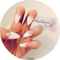 white chevron half moon stiletto nails www.nailgals.com #nails #stilettonails #falsenails #glueonnails #whitenails