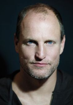 Celebrities - Woody Harrelson Photos collection You can visit our site to see other photos. I Movie, Movie Stars, Natural Born Killers, Friends With Benefits, Matthew Mcconaughey, Man Crush, American Actors, Woody, In Hollywood