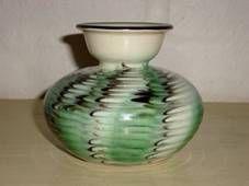 Kähler (Herman A. Kähler) vase. H: 9 cm D: 10 cm from about 1950s. Signed HAK. #kahler #ceramics #pottery #hak #dansk #keramik #vase #danish. SOLGT/SOLD.