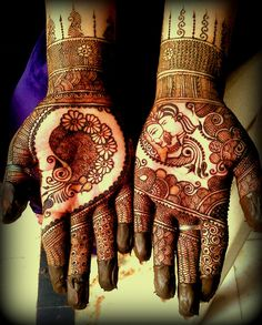 Bridal henna or mehndi. Mehndi Tattoo, Henna Tatoos, Mehndi Art, Henna Mehndi, Foot Henna, Indian Henna, Tattoos, Wedding Henna, Bridal Mehndi