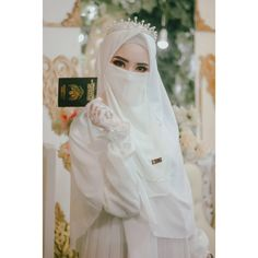 Muslimah Wedding Dress, Hijab Wedding Dresses, Disney Wedding Dresses, Bridal Hijab, Hijab Bride, Bridal Gown, Hijabi Girl, Girl Hijab, Niqab Fashion