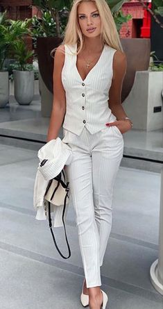 Sexy Outfits, Sexy Dresses, Fashion Outfits, Only Fashion, Girl Fashion, Womens Fashion, Casual Chic Style, Casual Elegance, White Women