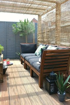 10 Ways to Add Personality to a New-Build House - paint the garden fence