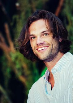 I can't even with this stupidly gorgeous man and his dazzling smile and sunshine hair and little boy dimples and aksdfjsdlkjfsdklfjsdklf  #JaredPadalecki  #VanCon2014 #InLove
