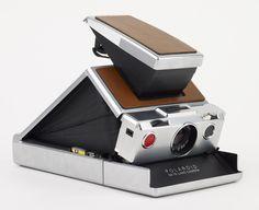 dezeen_Design-Museum-App-Cameras_1.jpg 468×382 pixels