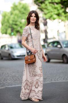 Apesar da carinha de toalha de mesa, eu gostei do vestido.