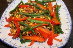 Tri-color vegetable stir fry #recipe. biteslife.com
