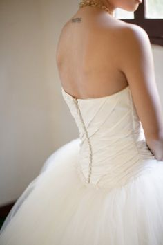 Wedding Dress: Vera Wang. Photography by serenagrace.com