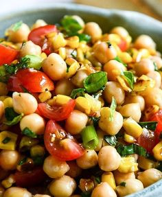 Summer Chickpea Salad with Honey Garlic Lime Vinaigrette {I've actually made this, and it is very, very good. My husband isn't much of a chickpea fan, but he went back for a large second serving. Clean Eating, Healthy Eating, Healthy Food, Vegetarian Recipes, Cooking Recipes, Healthy Recipes, Chickpea Recipes, Lime Vinaigrette, Summer Salads