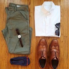 Grid by: @dapperdonats _____________________________________ #SHARPGRIDS to be featured. COMMENT and tag a stylish friend. TheNorthernGent.com for daily fashion updates. FOLLOW for new outfits each day, and @thenortherngent for more general hints and tips. ______________________________________