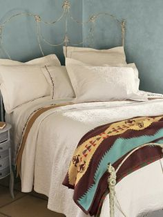 Pendleton: Native American-Inspired bedding