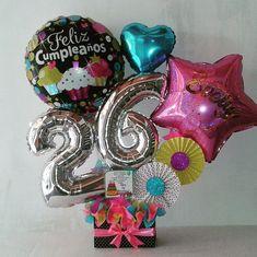 Candy Bouquet Diy, Diy Bouquet, Balloon Bouquet, Valentines Surprise, Valentine Gifts, Birthday Gift Baskets, Birthday Gifts, Pink Candy, Birthday Balloons
