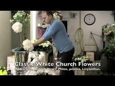 Video Classic white church flowers www.ie Video Classic white church flowers www. Church Wedding Flowers, Wedding Flower Packages, Modern Wedding Flowers, Church Wedding Decorations, Types Of Flower Arrangement, Church Flower Arrangements, Floral Arrangements, Affordable Wedding Flowers, Flower Video