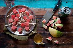 Zomertip: Bier-bevroren watermeloen. Eens proberen binnenkort!