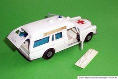 ... MATCHBOX Speed Kings K 26 Mercedes Binz Ambulance mit Bahre Superkings ...