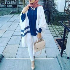 white poncho hijab look- Fall hijab outfits in warm colors http://www.justtrendygirls.com/fall-hijab-outfits-in-warm-colors/
